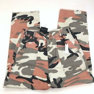 New Topshop Sonny Peach Camouflage Ankle Trousers